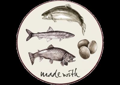 Min. 77% laks, ørred, sild, sæsonens fisk & æg